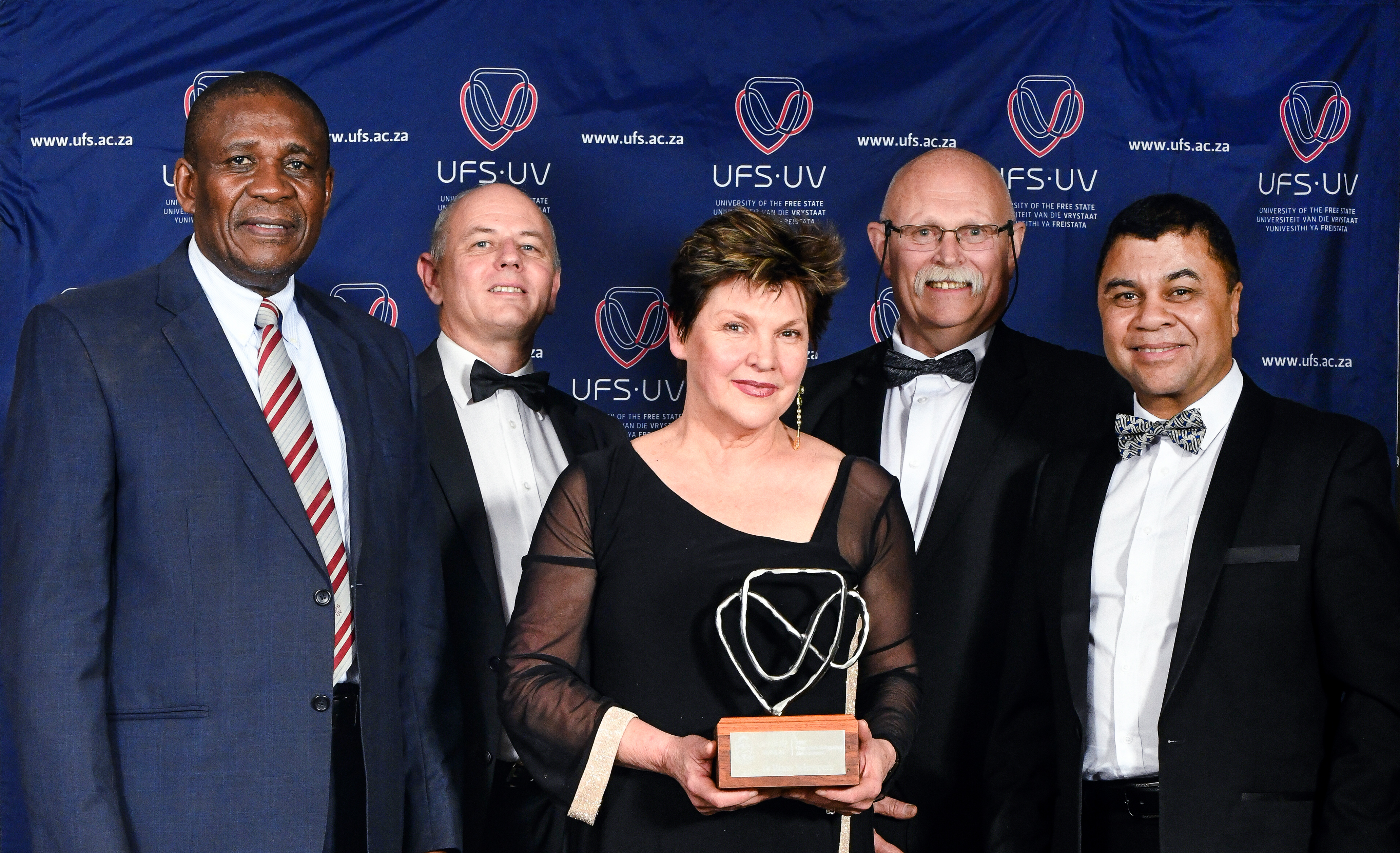 From the left; Dr Khotso Mokhele, UFS Chancellor; Dr Pieter du Toit; Dr Riana Scheepers; Willem Louw,Chairperson of Council and Prof Francis Petersen