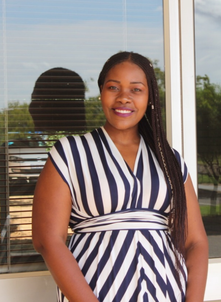 Bonolo Makhalemele (Natural and Agricultural Sciences Faculty) was the second runner-up