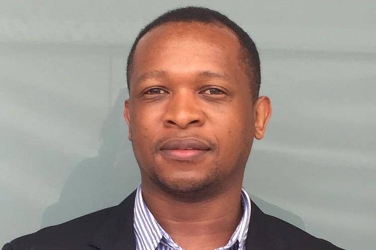 Dr Emmanuel Mayeza