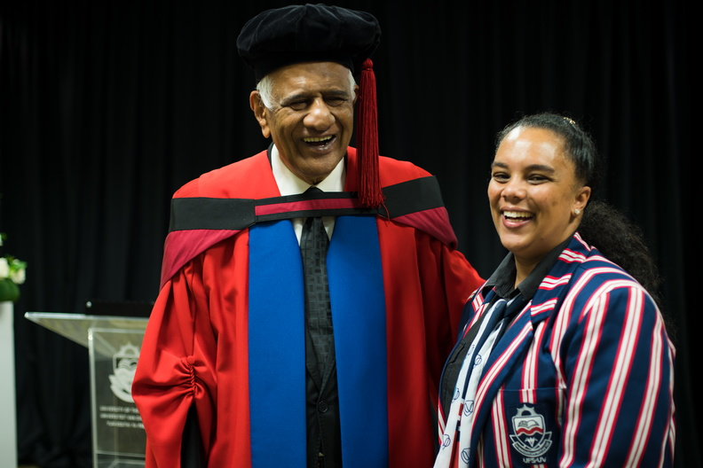 Alicia Pienaar from the Department of Communication and Marketing with Justice Zac Yacoob.
