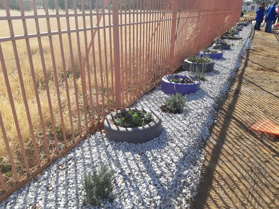 The new-look pavement at Badernhorst Street entrance to the Bloemfontein Campus. Photo: Ronelle Jansen.