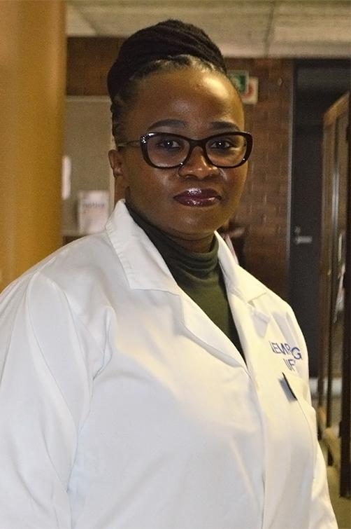 Dr Lisa Komoreng