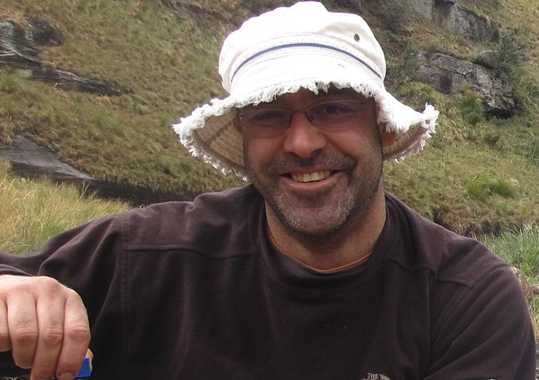 Dr Robert Hansen
