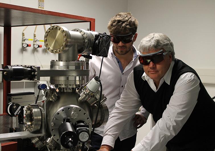 Lucas Erasmus and Prof Hendrik Swart