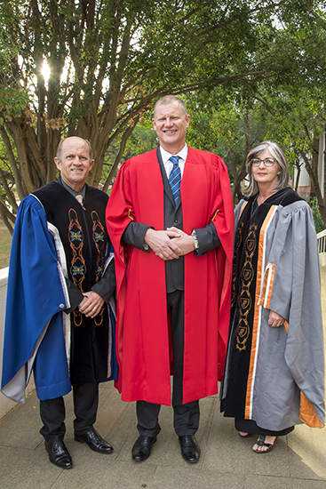 Histories of whites beyond whiteness the focus of inaugural lecture