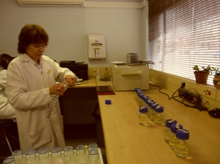 Description: Institute for Groundwater Studies (IGS) Keywords: University of the Free State, Institute for Groundwater Studies, IGS, groundwater, water analysis, laboratory, E.coli, coliforms, chemical analysis, bacteriology, microlab, bottling of water